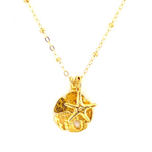 GOLD SAND DOLLAR + STARFISH WITH CABLE CHAIN