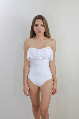 WHITE STRAPLESS SWIMSUIT
