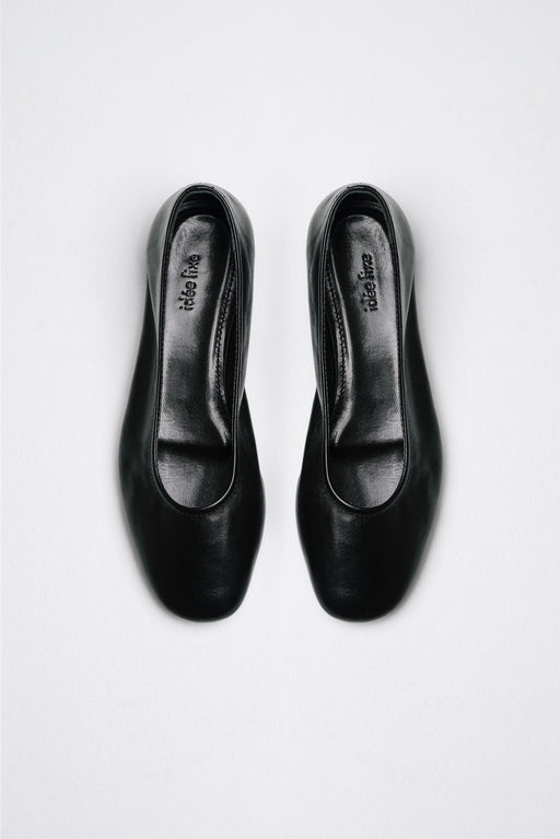 Margot Flats | Black