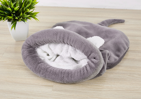 Cute Cat Sleeping Bag Warm Dog Cat Bed Pet House Dog Lovely Soft Cat Carpet Cushion High Quality Products Nice Design