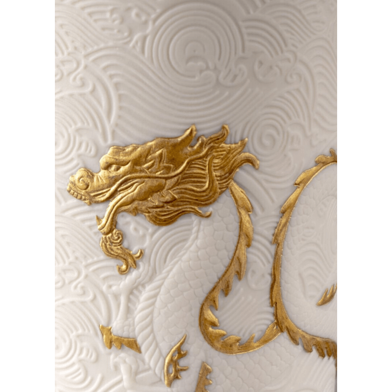 Lladro Home Accessories Default Golden Dragons Candle. Gardens of Valencia Scent