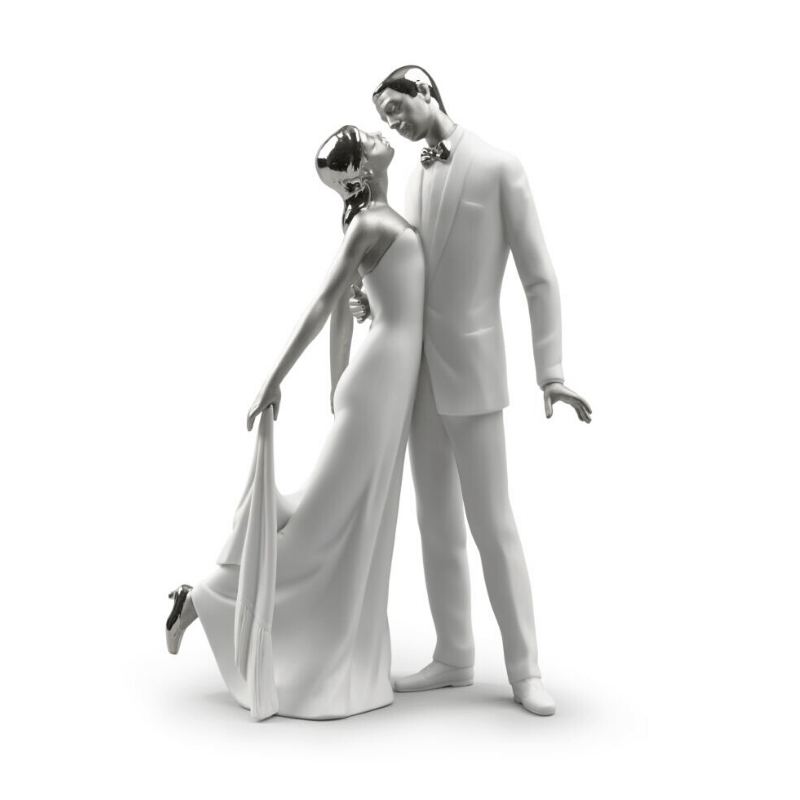 Lladro Inspiration Default Happy Anniversary Couple Figurine. Silver Lustre