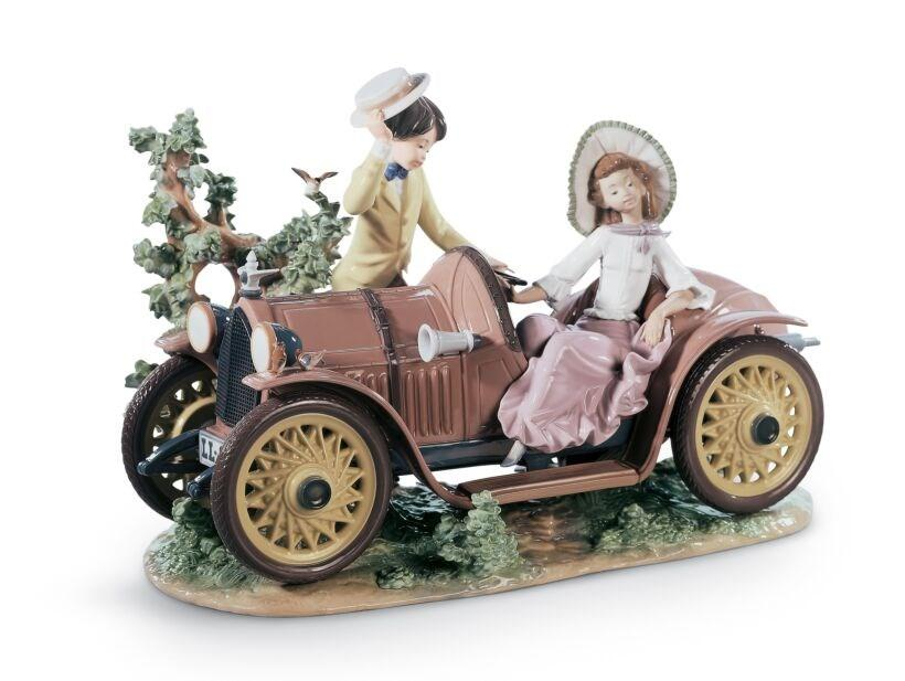 Lladro Inspiration Default Young Couple with Car Sculpture. Limited Edition