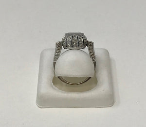 18k White Gold Diamond Art Deco Style Ring