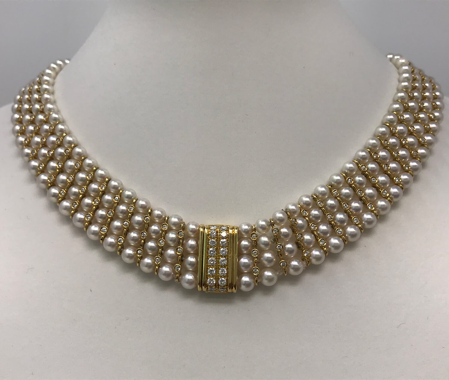 18k Yellow Gold Pearl & Diamond Necklace