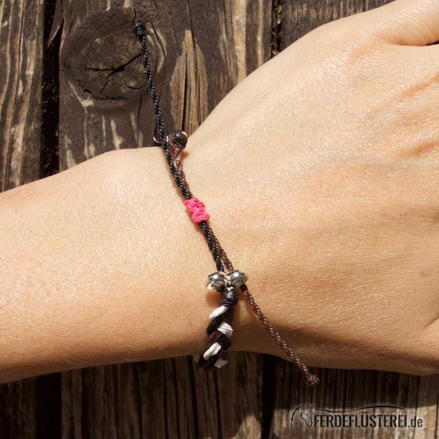 Charity Armband für Waisenfohlen - Twisted