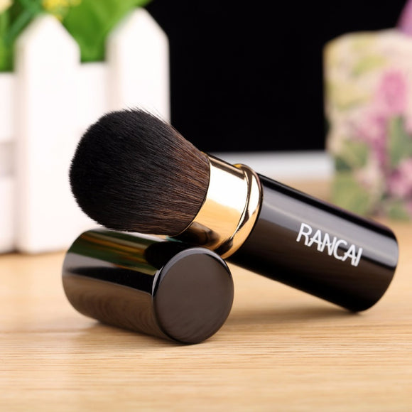 Very Convenient Retractable Makeup Brush, Brush, La.Ma.Cosmetics, La.Ma.Cosmetics - La.Ma.Cosmetics