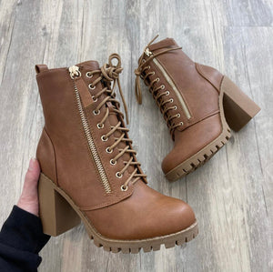 Mitchell Lace Booties (Chestnut)