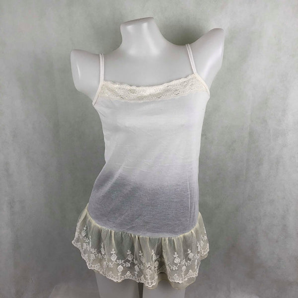 5b3852cc624209 White Tanktop with lace – Modny Shoppe