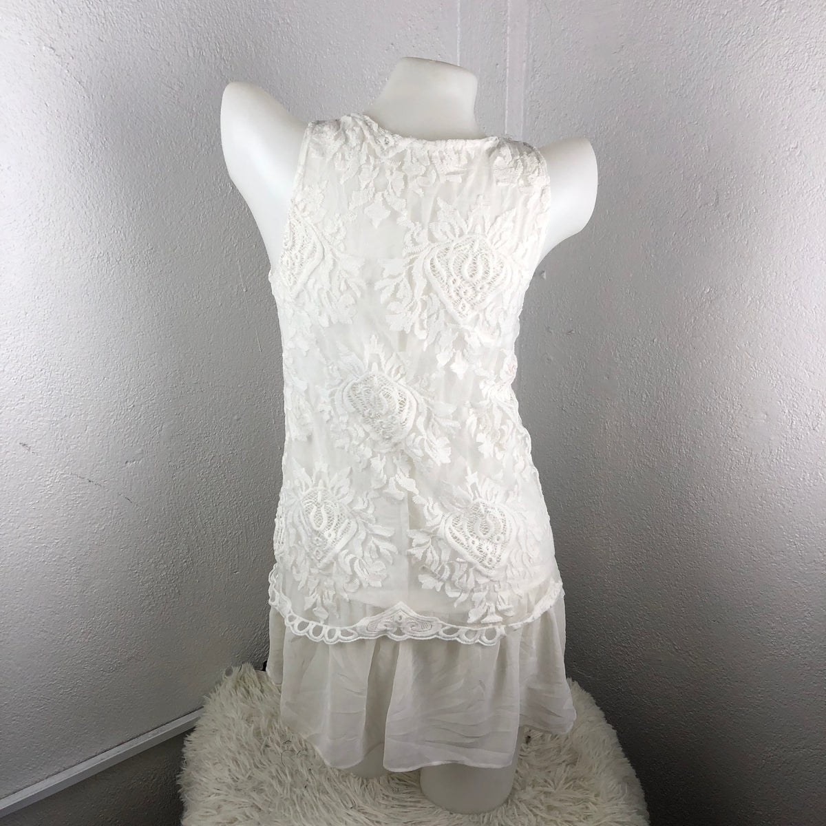 0db531b5fecce6 White Lace Tank Top – Modny Shoppe