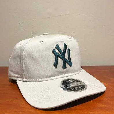 New York Yankees Original Fit 9FIFTY Snapback - Stone Pine