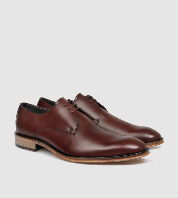 Wallis Tan Derby