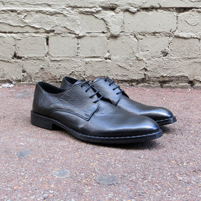 Rodeo Black Tumbled Leather Derby