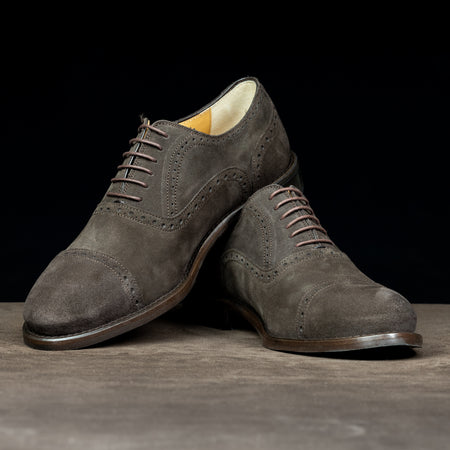 Oxford Full Brogue in Brown Suede