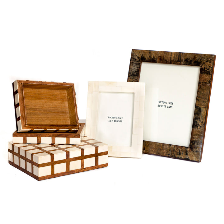 Horn and Wood Frames & Boxes