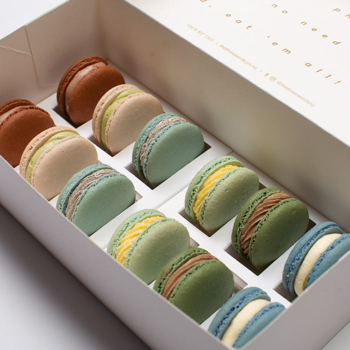 AUTUMN COLOURS MACARONS SET