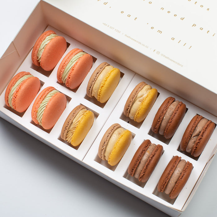 NUTTY FLAVOURS MACARONS SET