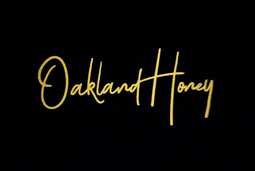 OAKLAND HONEY SIGNATURE TEE BLACK/YELLOW