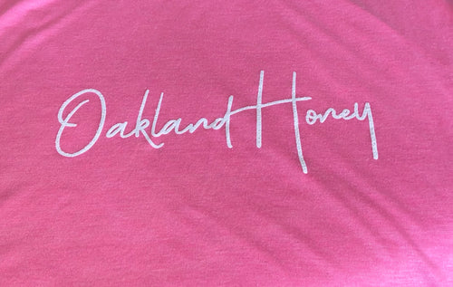 OAKLAND HONEY SIGNATURE TEE BERRY/WHITE