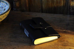 Vachetta Italian Leather Handmade Snap-Close Journal - Onyx