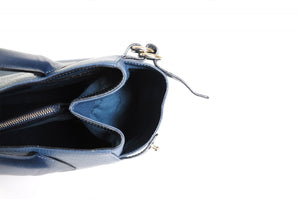The Mantova Calf Leather Classic Handbag - Capri Blue