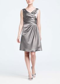 V Neck Satin Looking Bridesmaid Dress - Sz 6