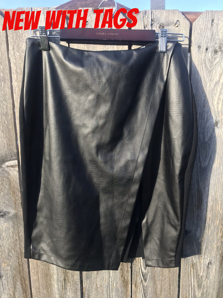White House Black Market - Faux Leather Skirt - Sz 6