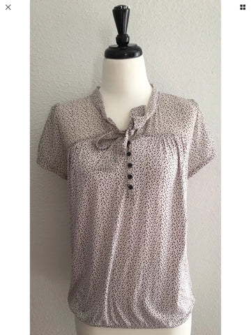 Ann Taylor Loft - Polka Dot Short Sleeve Blouse with Tie Neck - Sz Medium - HEART 'n' SLEEVE