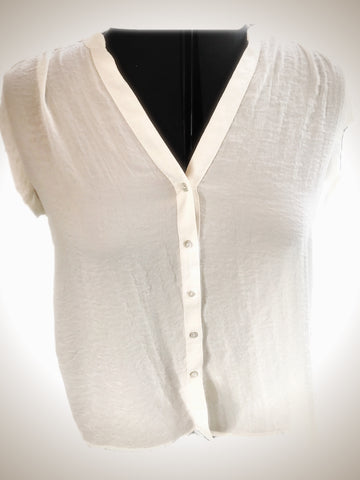 Classic White Short Sleeve Button Up Blouse - Sz 4 - HEART 'n' SLEEVE