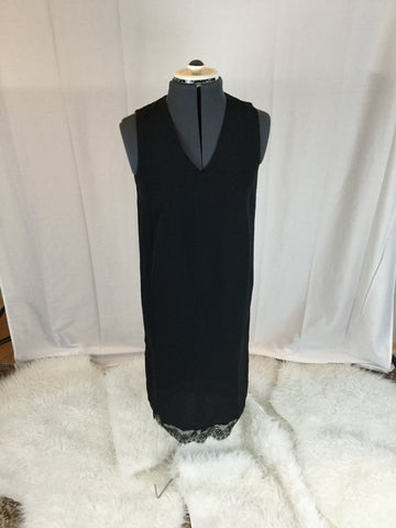 Who What Wear - Sleeveless Ankle Dress with Lace Bottom Detailing - Sz XS