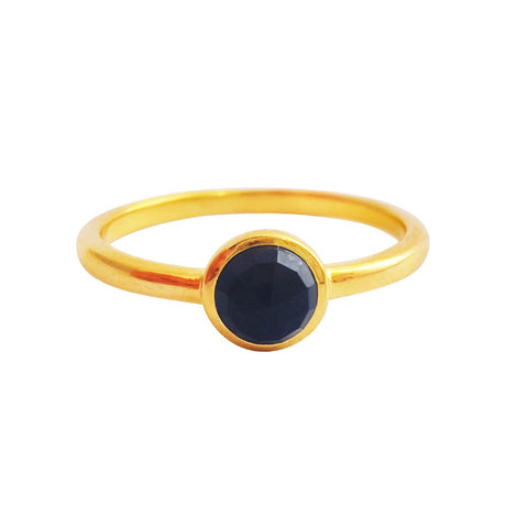 Image of Black-Onyx-Damenring-AROQI-Jewelry