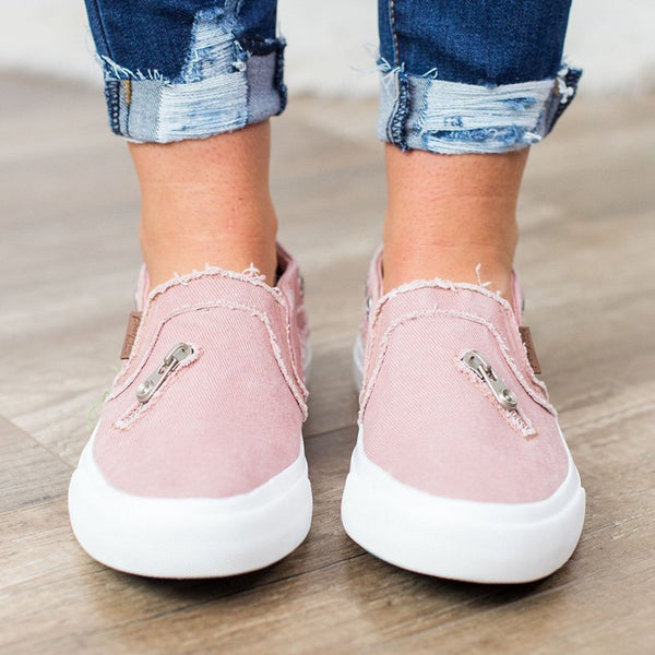 Women Closed Toe Flat Heel Fashion Sneakers