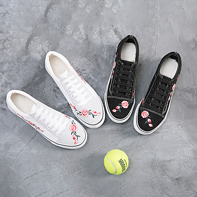 Women Canvas Sneakers Casual Floral Embroidery Lace Up Shoes