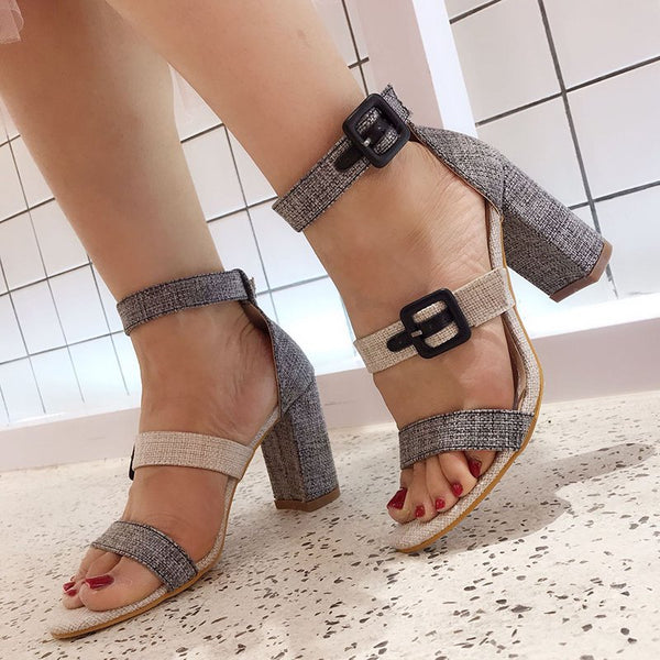 Stylish Double Buckle Open Toe Chunky Heeled Sandals