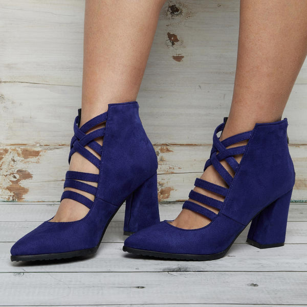 Women Crisscross Back Chunky Heel Zipper Booties