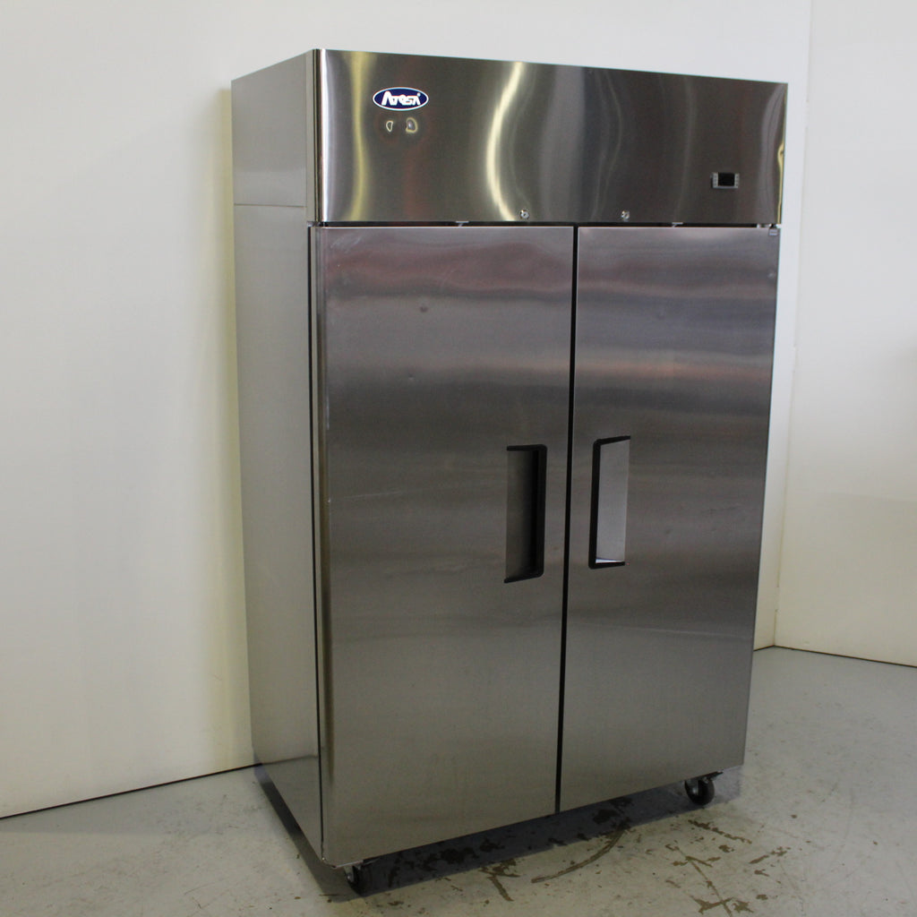 Atosa YBF9218 Upright Fridge (2)