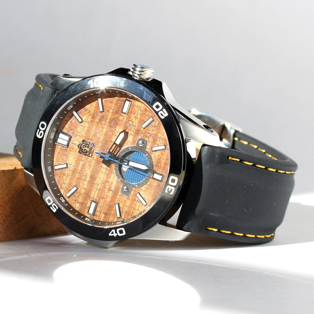 THE CASTAWAY KOA WOOD WATCH (CHROME with SILICONE BAND)