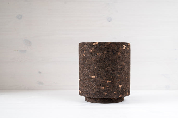 Studio Corkinho - Organic Design Cork Vase - Mother Cylinder Mid.
