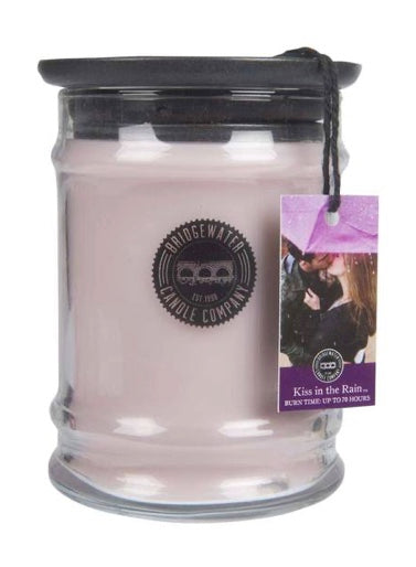 Bridgewater Kiss In The Rain Small Jar Candle 8.8oz