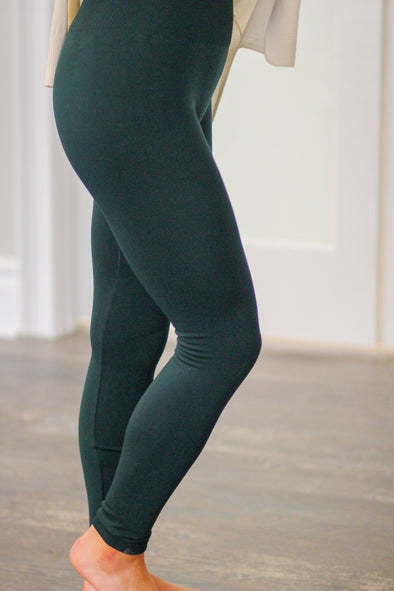 Fleece Lined Leggings in Hunter Green or Black