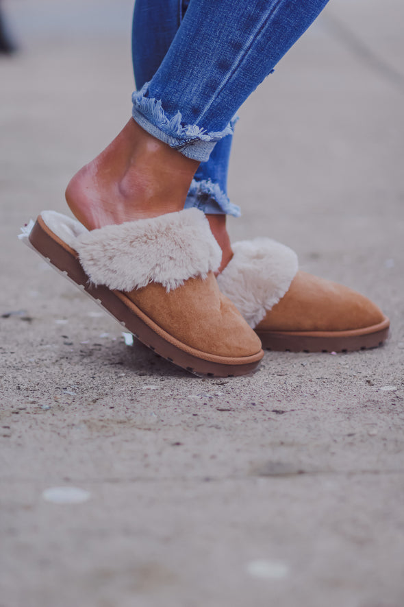 Chestnut Faux Fur Lined Slippers