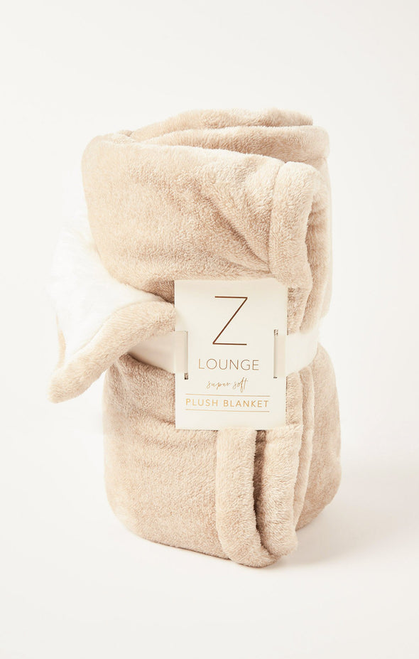 Z Supply Sunday Plush Blanket in Two Colors