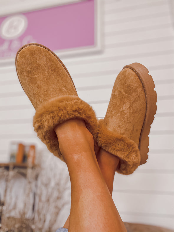 Chestnut Faux Fur Slippers