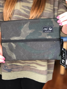 Makeup Junkie Waxed Camo in 4 Sizes