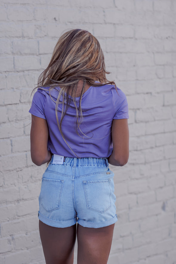 Solid Short Sleeve Criss Cross Top in Plum