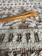 bamboo curved tongs