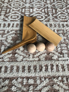 wooden balls (3 pieces)