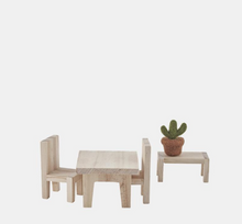 holdie house furniture sets (4 varieties)