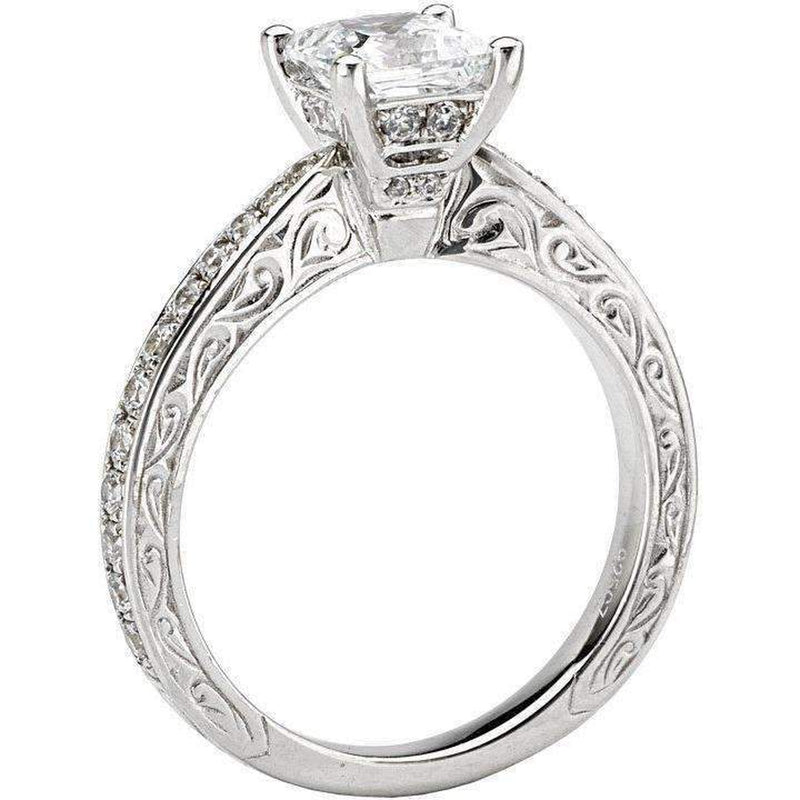 Romance Solitaire Diamond Ring Princess Cut 18k
