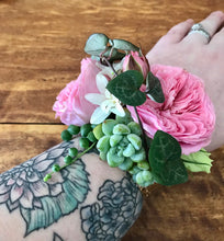 Spray Rose Corsage